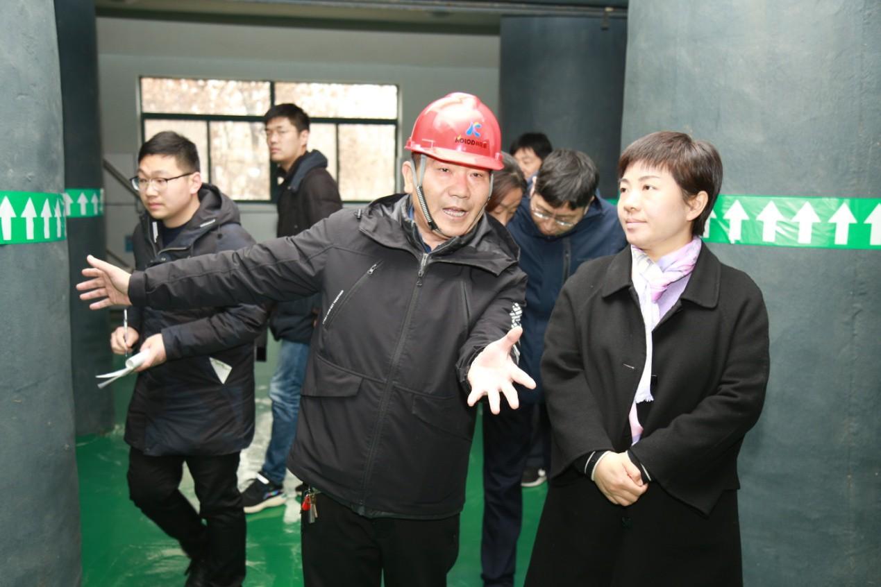 连云港市委副书记万闻华莅临科伦多调研指导工作